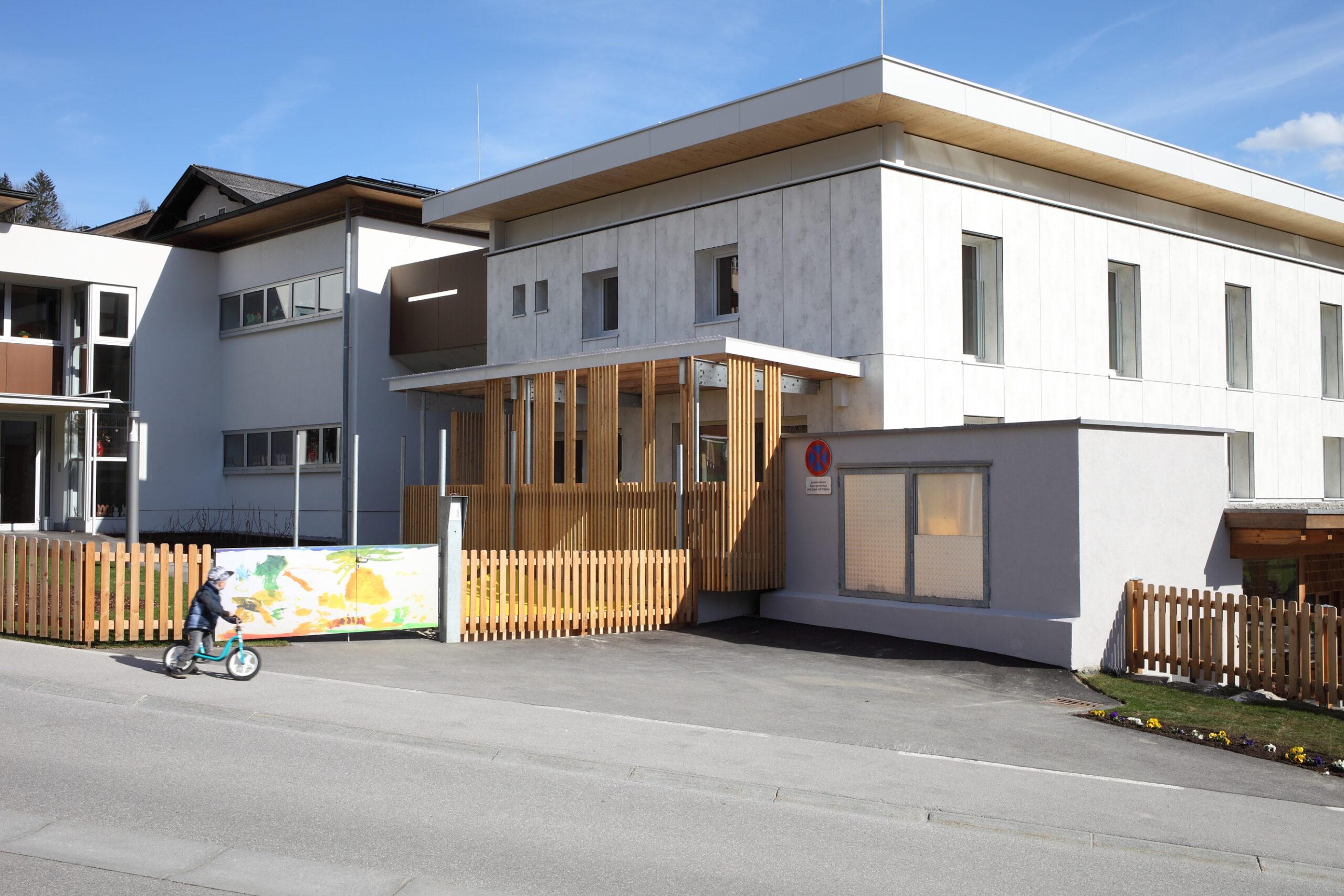 Außenbereich Kindergarten Pfarrwerfen