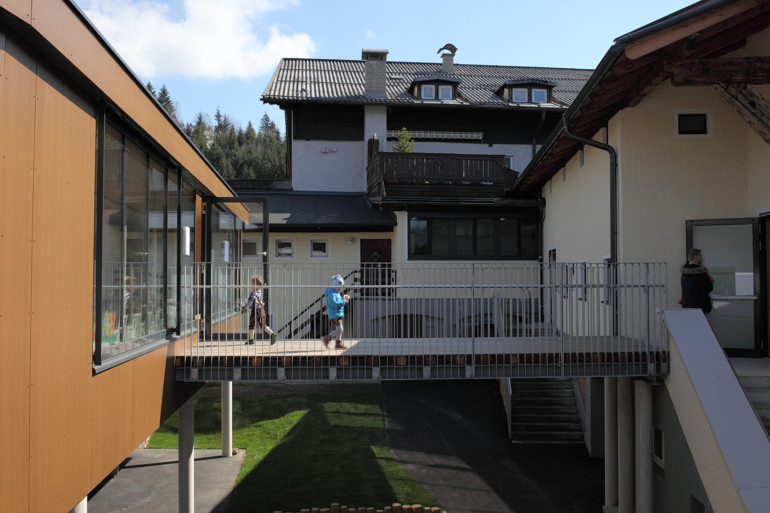 Brücke Kindergarten Pfarrwerfen