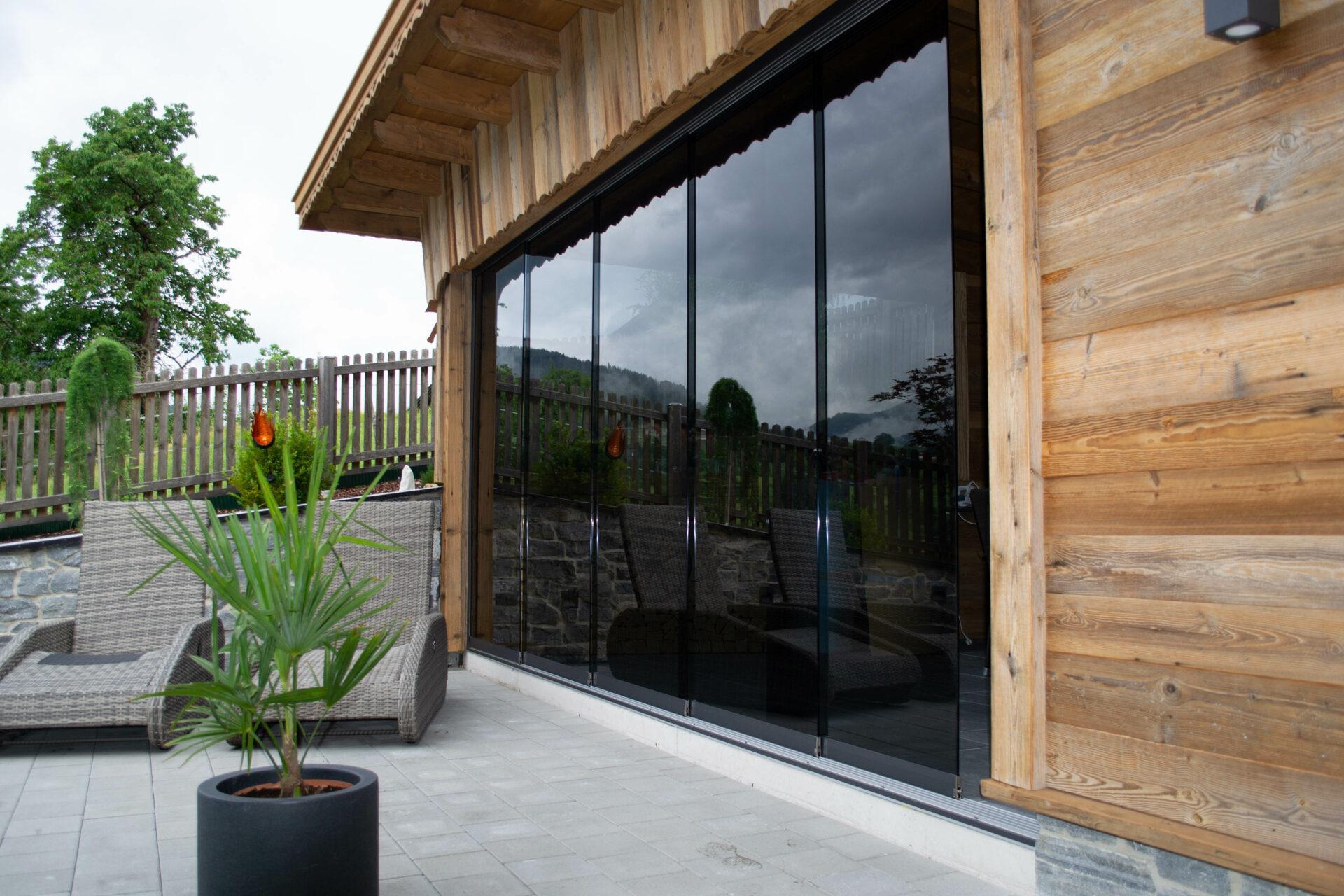 Gartenhütte-Glasfront